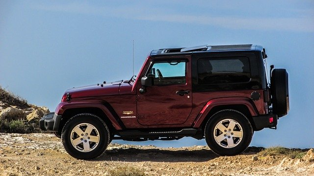 Complete & Quick Guide on How To Clean Jeep Soft Top Windows
